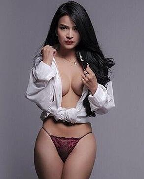 Sissy Raline | Model Of The Week2
