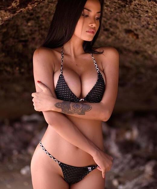 Annastasya Hakim | Model of the Week8
