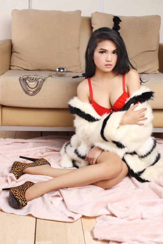 Diana Putri model of the week 3