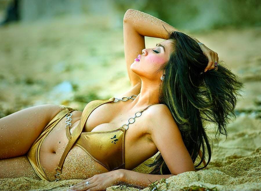 Ayunia Elfahrez | Model Of The Week 10