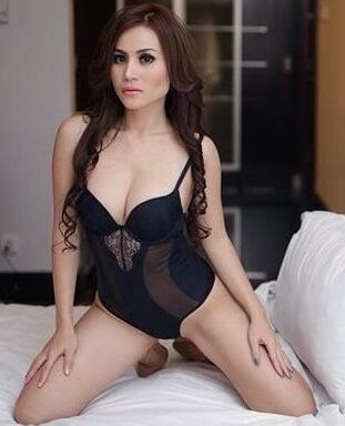 Ghea Michio | Featured Models7